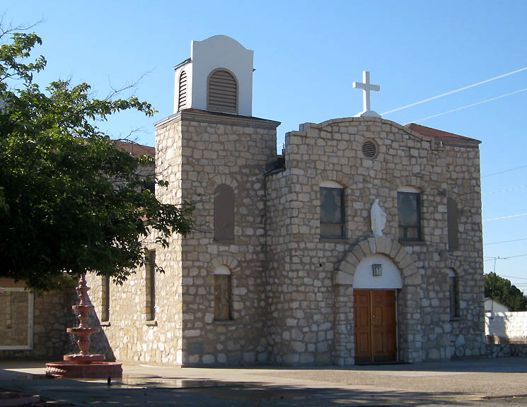 Pecos, TX: Santa Rosa Catholic Church