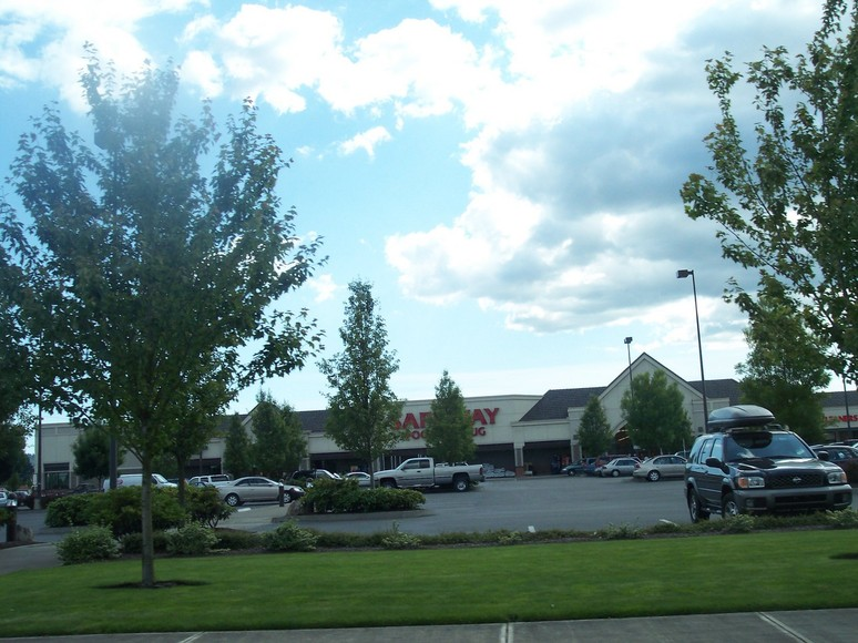 Sherwood, OR: A Safeway in Sherwood