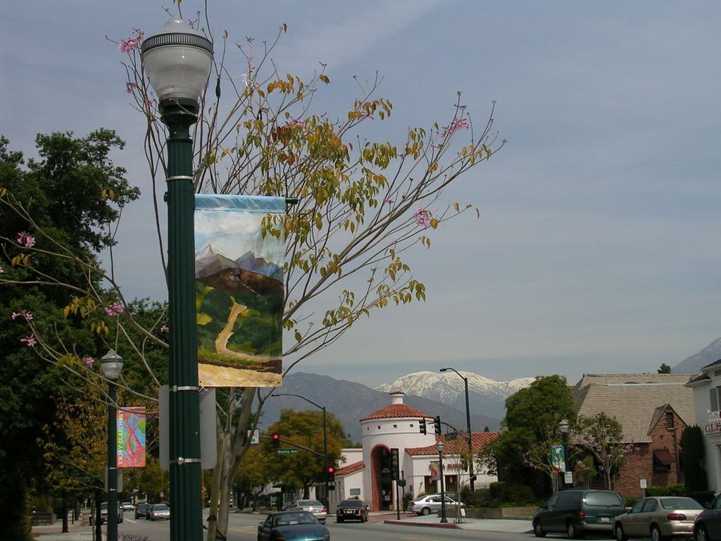 Claremont, CA : View from Indian Hill Blvd