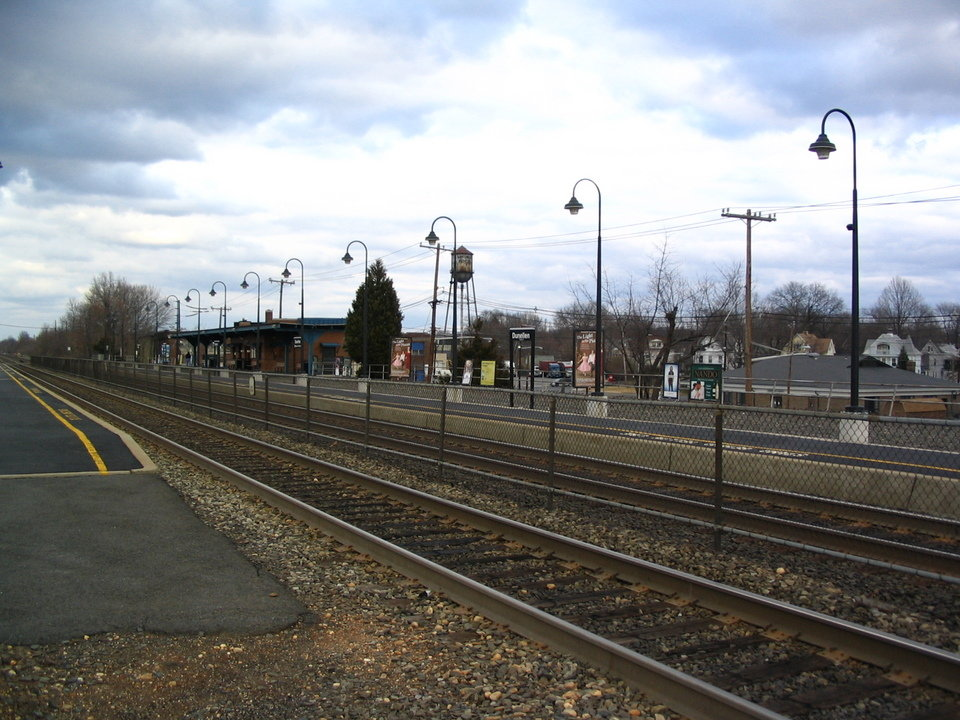 Dunellen, NJ: Dunellen, NJ Train Station