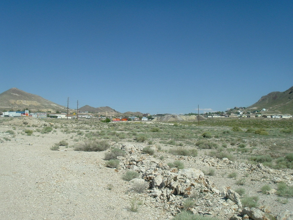 Tonopah, NV: view of Tonopah, NV from the flats north of town
