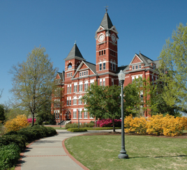 Auburn, AL : Samford Hall on Auburn University Campus