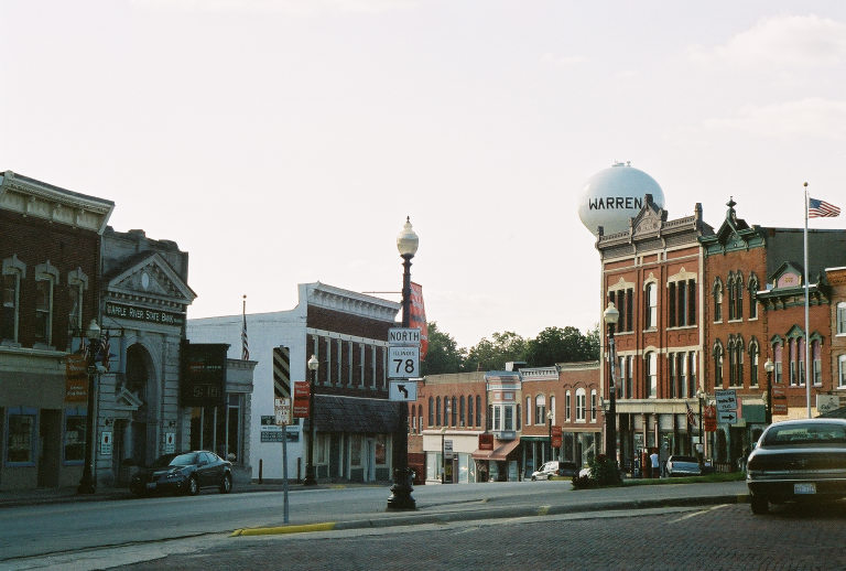 Warren Il Main Street August 2005 Photo Picture Image Illinois At City Data Com