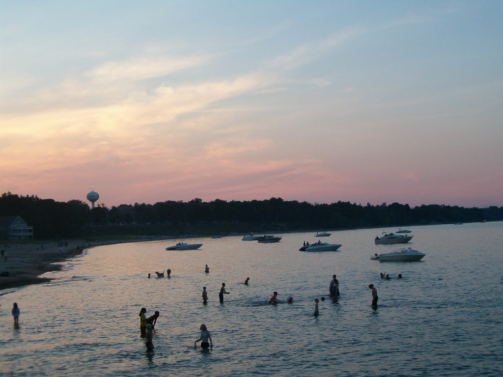 Lexington, MI : Sunset on the Harbor in Lexington