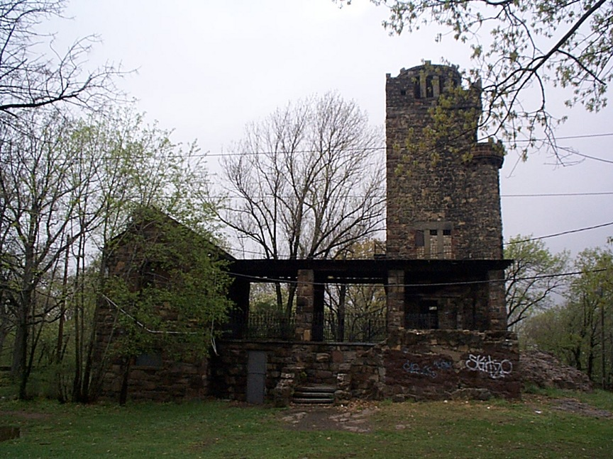 Paterson, NJ: Rook's Castle, Garrett Mountain