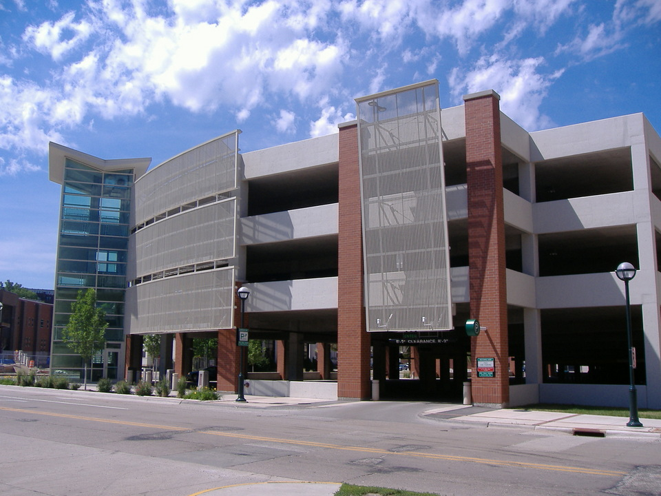 Moline il parking garage downtown photo picture image for Garage parking nice
