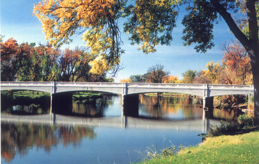 Dell Rapids, SD: Bridge near Dell Rapids' City Park