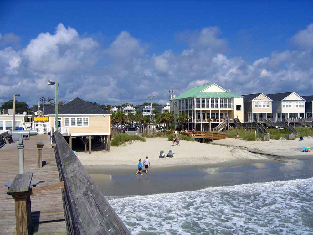 Surfside Beach, SC : A Festive Beach Front Look at Surf Side Beach SC