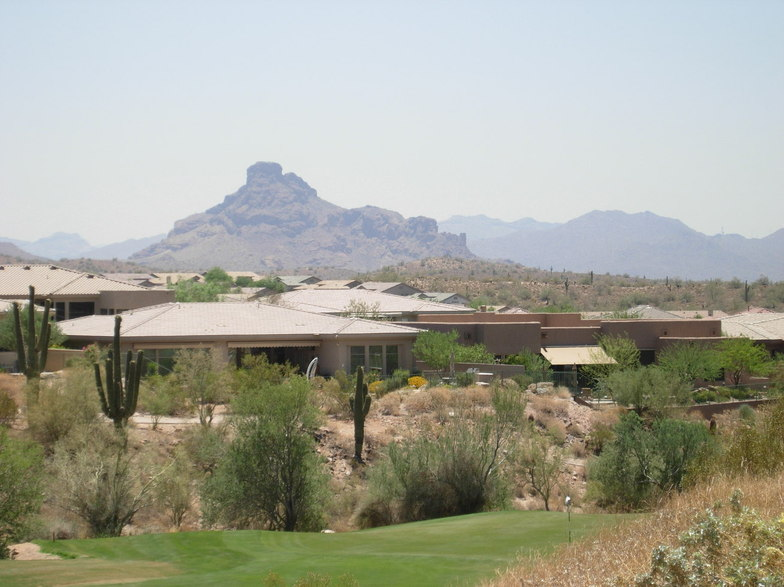 Fountain Hills, AZ : On the golf course