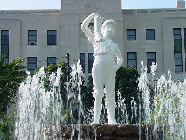 Sandusky Oh Downtown Sandusky Oh Park Famous Quot Boy With A Boot Quot Fountain July 2001 Photo
