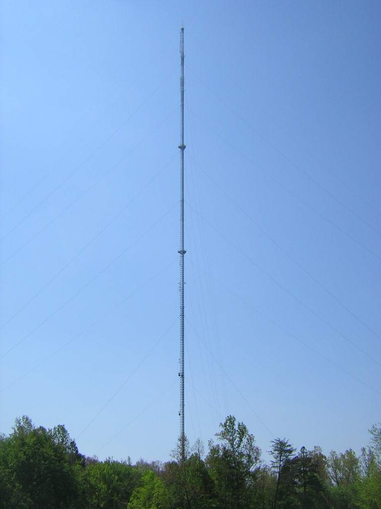 Dallas, NC : The 2,000 Feet Tall WJZY Tower in Dallas, NC. Also for 95.1, 96.1 & 97.9 FM Radio in the Charlotte Area