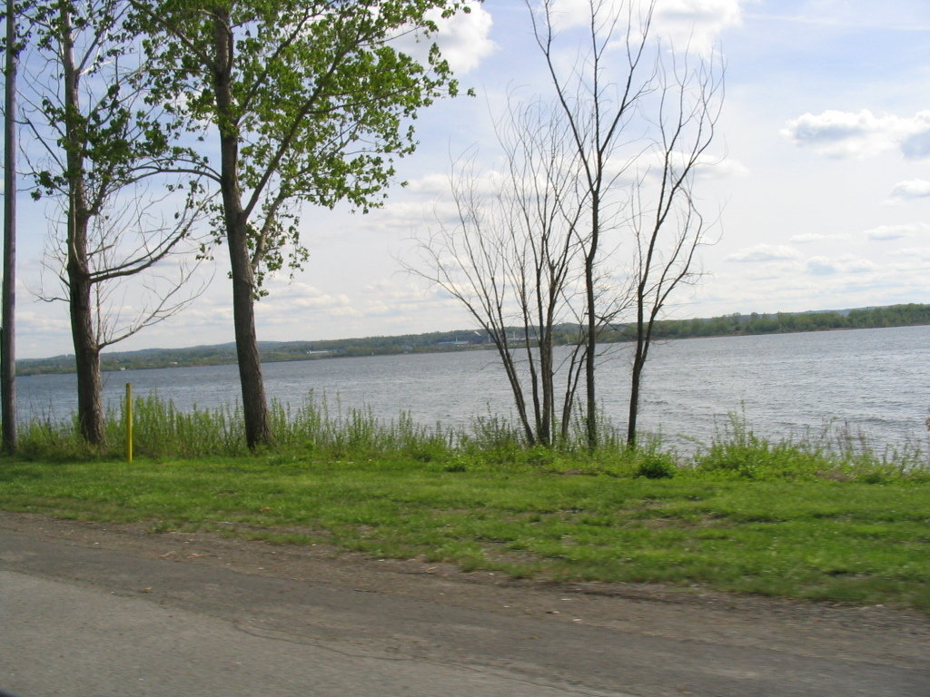 Liverpool, NY : Onondaga Lake view from Liverpool just outside Syracuse, NY