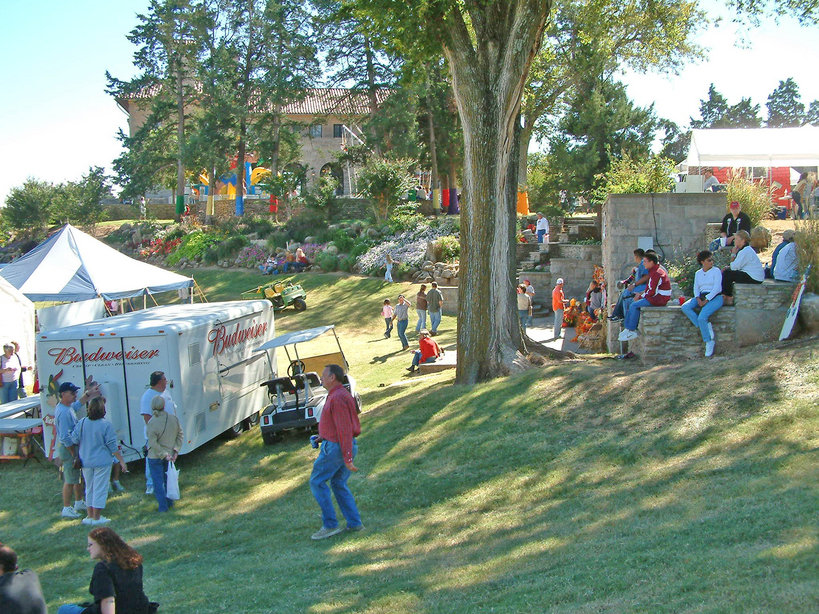 Ponca City, OK : Octoberfest at the Marland Mansion Grounds