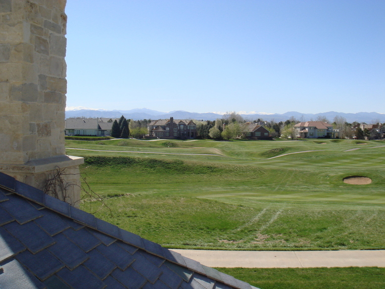 Cherry Hills Village, CO : cherry hills golf course with breath-taking rocky mountain backdrop