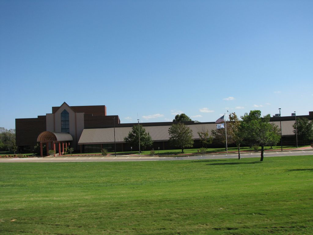 Duncan, OK: Simmons Center Recreation Facility