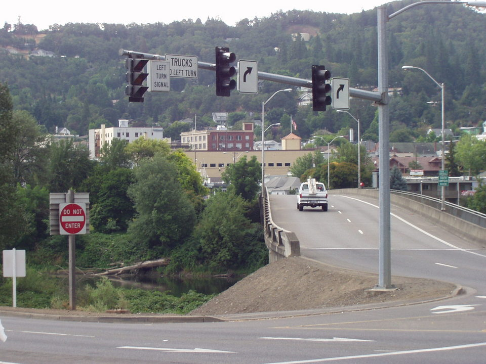 Roseburg, OR : View Showing Downtown Roseburg