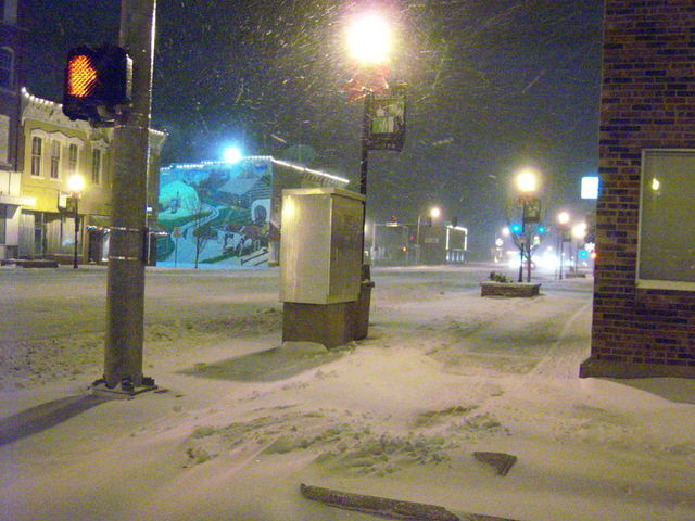 Chillicothe, MO : Washington Street (Hwy 65) during a blizzard