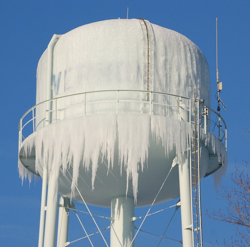 Vernon, IN : Ice covered Water Tower