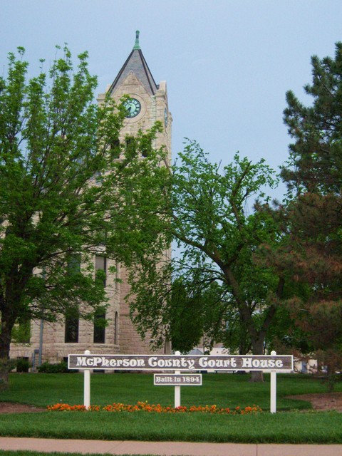 McPherson, KS : McPherson County Courthouse