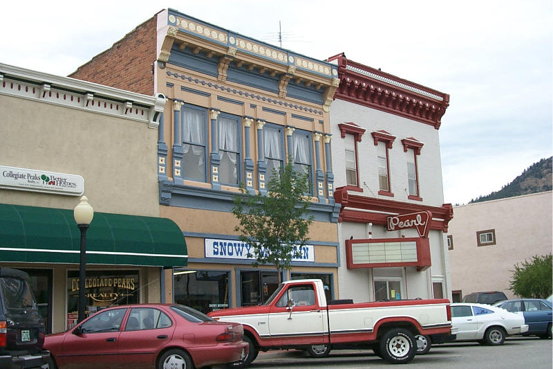 Buena Vista, CO: Pearl Theater