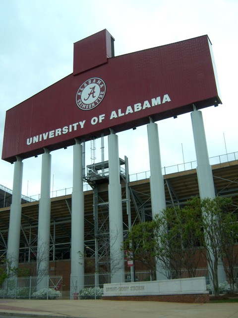 Tuscaloosa, AL : Bryant-Denny Stadium home of the Crimson Tide