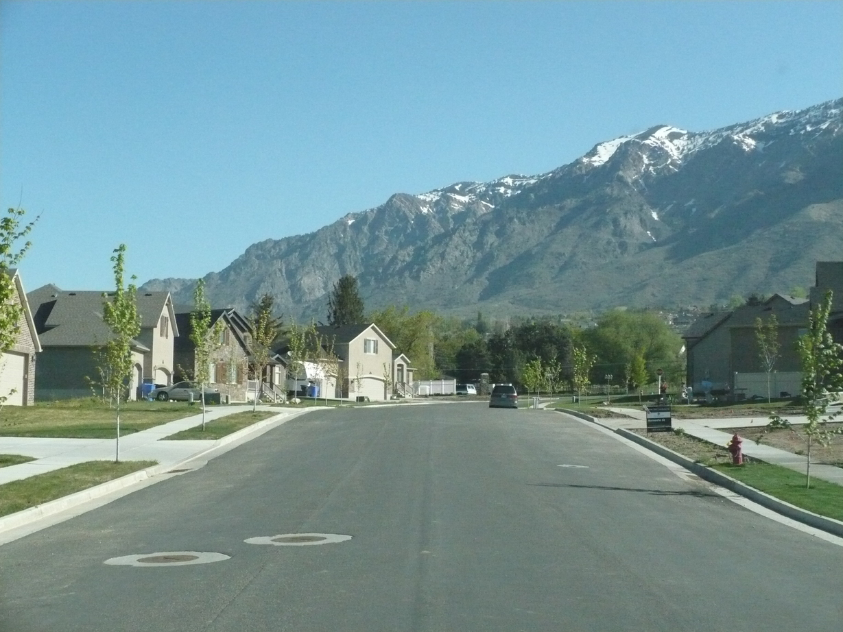 Pleasant View, UT : beautiful view up our street- 500 West in Pleasant View