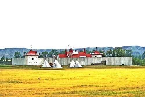 Williston, ND : Fort Union west of Williston