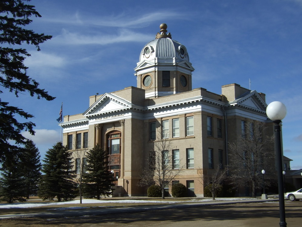 Carrington, ND : Foster County Courthouse: Carrington, North Dakota