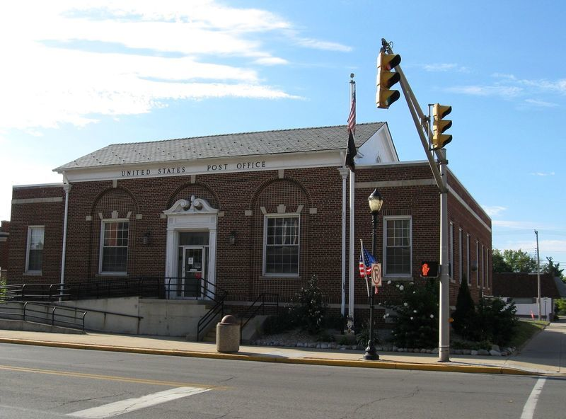 Tipton, IN : The old Post Office is downtown, a half block east of the Courthouse. The building, built during the Great Depression, has large historical artwork in the lobby, painted by WPA artists.