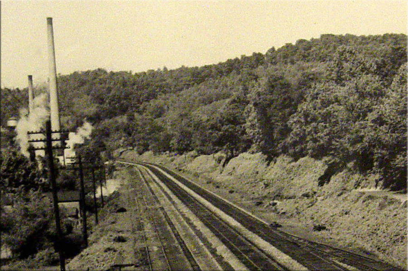 Ronceverte, WV: PHOTO CIRCA 1953 - C & O RAILROAD AND VEPCO POWER PLANT SMOKE STACKS