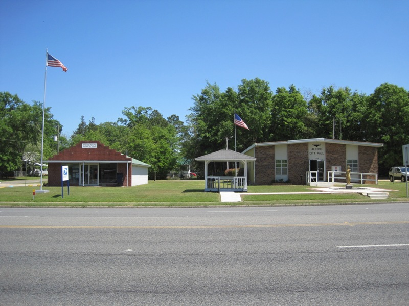 Alford, FL : Alford Post Office and City Hall