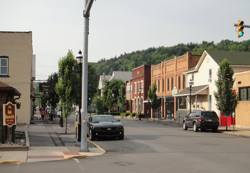 Clearfield, PA: Nice downtown street