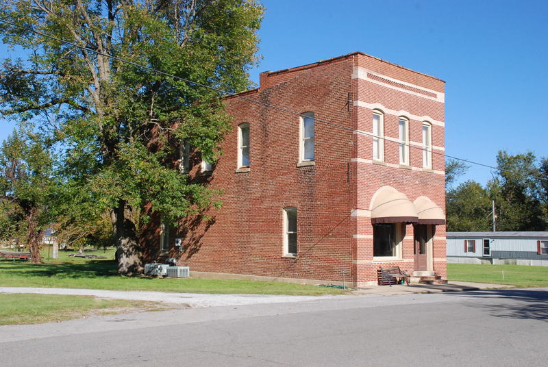 Smithland, KY: Old Bank Building Smithland KY