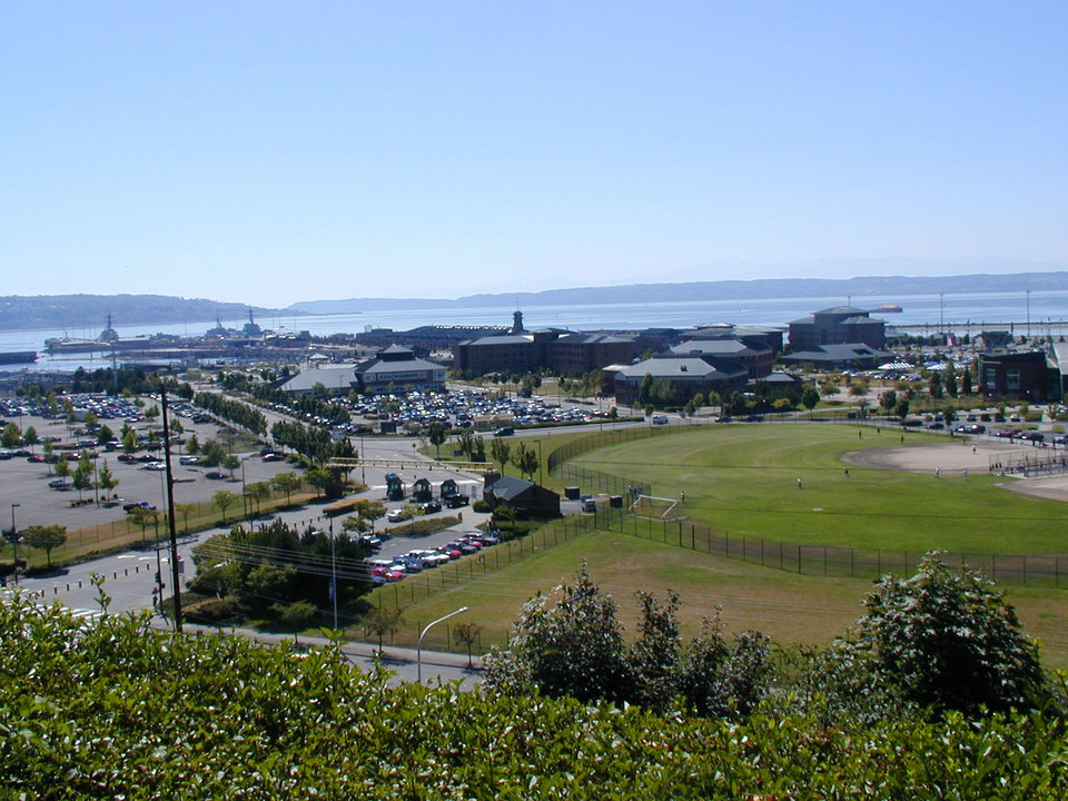 Everett, WA : Everett waterfront and Navy station (Puget Sound)