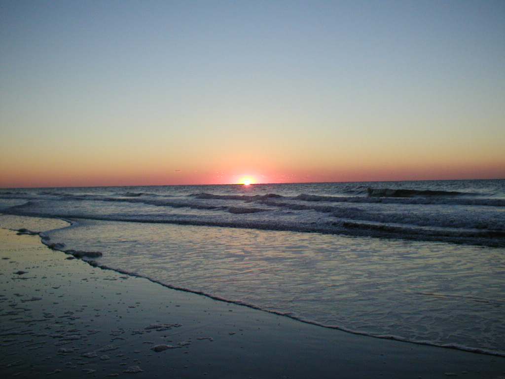 Myrtle Beach, SC : October sunrise from Myrtle Beach
