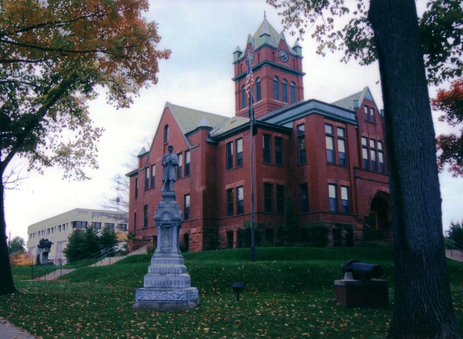 Traverse City, MI : The County Courthouse