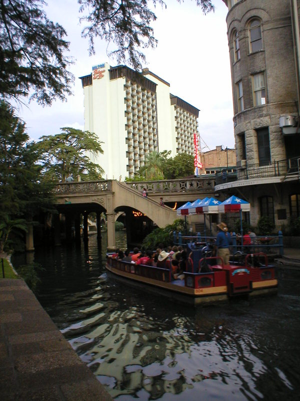 San Antonio, TX : San Antonio riverwalk