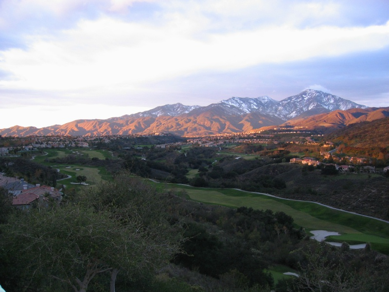 Rancho Santa Margarita, CA : The Saddleback Mountains during the 2004 winter season