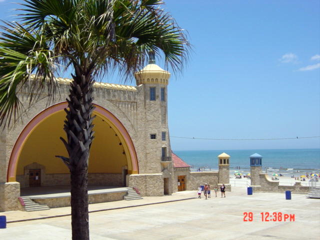 Daytona Beach, FL : Band Shell on Daytona Beach