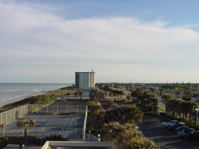 Satellite Beach, FL: looking south from Ramada hotel