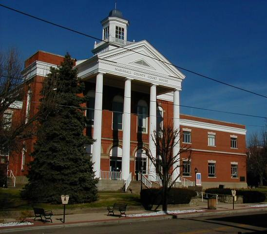 Moundsville, WV: The Marshall County Court House in Moundsville