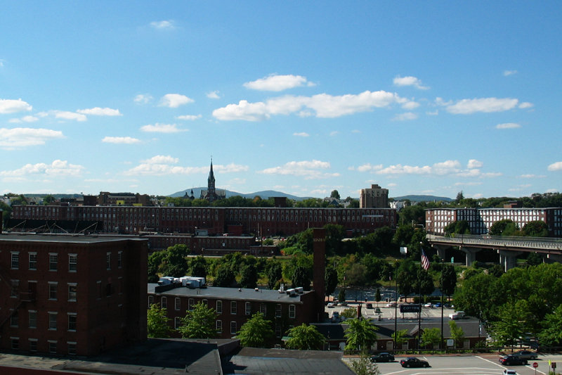 Manchester, NH : Manchester Mills on West Side
