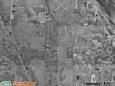 Zip code 32967 satellite photo by USGS
