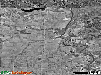 Zip code 52324 satellite photo by USGS