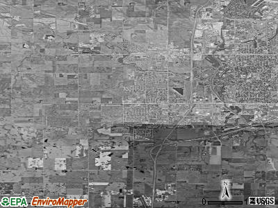 Zip code 57106 satellite photo by USGS