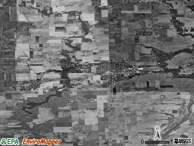 Zip code 60548 satellite photo by USGS