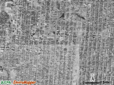 Zip code 64109 satellite photo by USGS