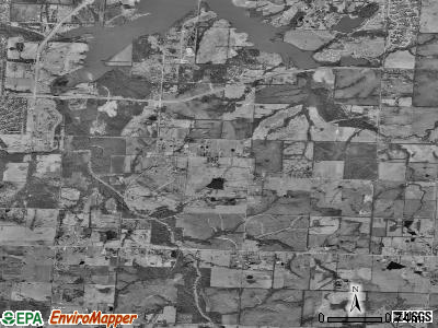 Zip code 64149 satellite photo by USGS