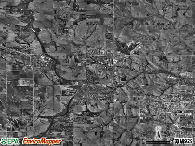 Zip code 68022 satellite photo by USGS
