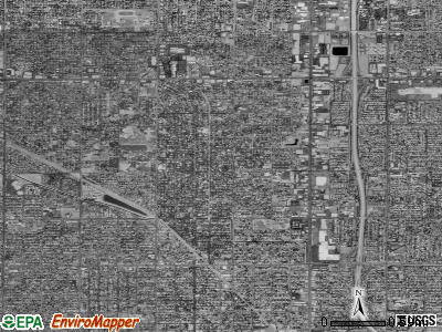 Zip code 93704 satellite photo by USGS